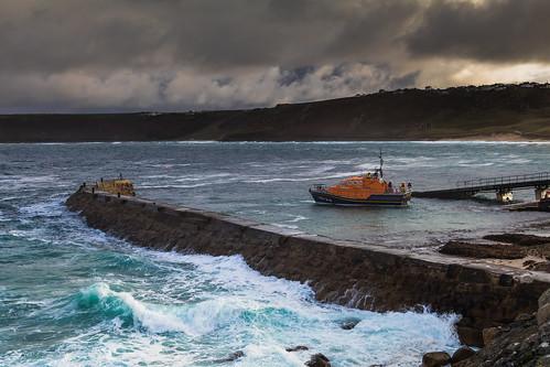 lifeboat lifeboatstation sennencovelifeboatstation capecornwall cornwall penwithpeninsula landsend england uk seascape coast canon 80d sigma 1750mm