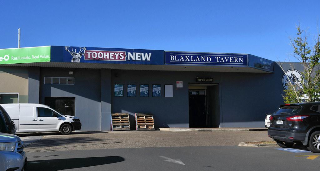 Blaxland Tavern, Blaxland, NSW.