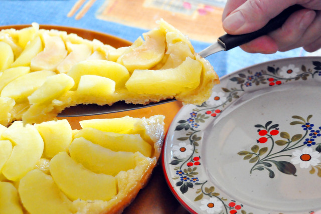 Februar 2021 ... Tarte Tatin - umgekehrter Apfelkuchen aus der Provence ... Brigitte Stolle