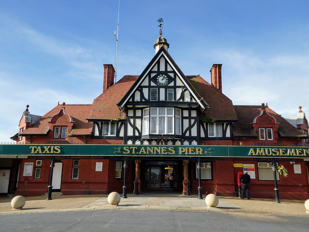 St Annes Pier, Blackpool