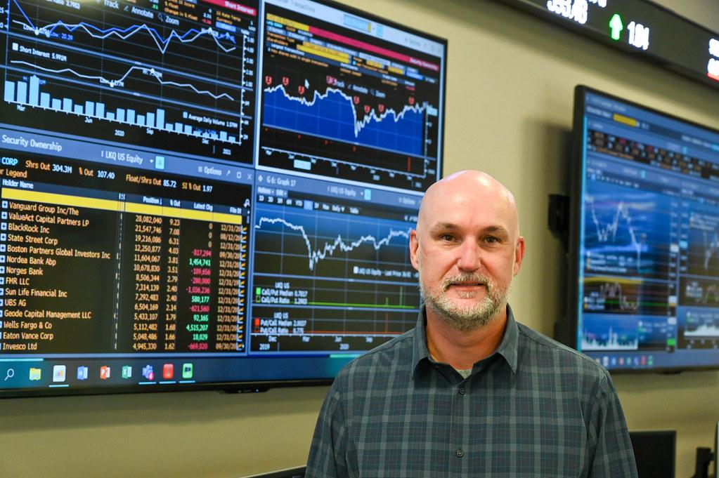 Ron Mushock in the Wasmer, Schroeder, & Company Portfolio Trading Room.