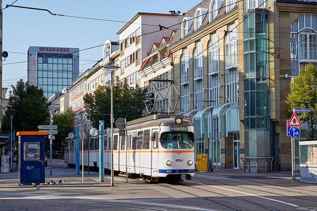 RNV_1018/1058_Ludwigshafen Ludwigstraße 18.09.2020 [Linie 8]