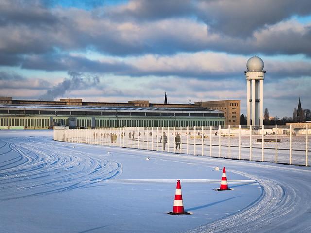 Building Berlin Tempelhof Airport
