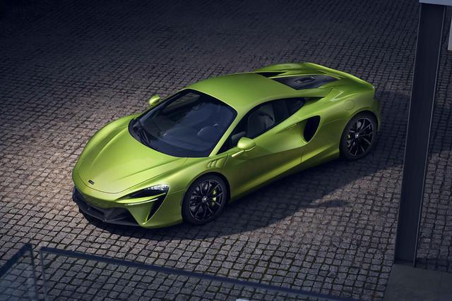Large-12903-McLarenArtura