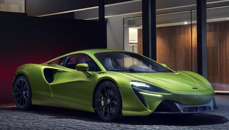 McLaren-Artura (8)