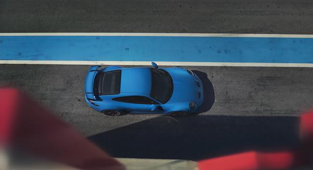 2022-Porsche-911-GT3-21