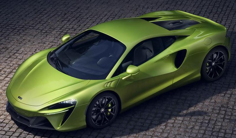 McLaren-Artura (9)