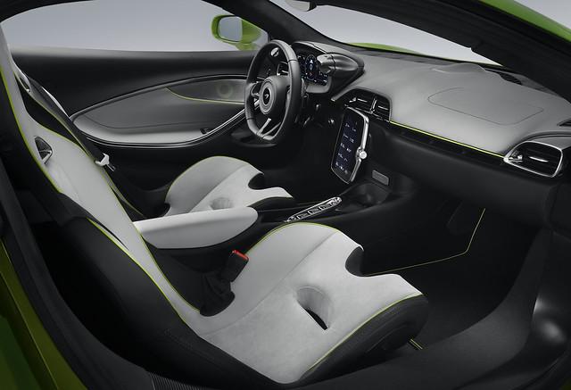 Large-12929-McLarenArtura