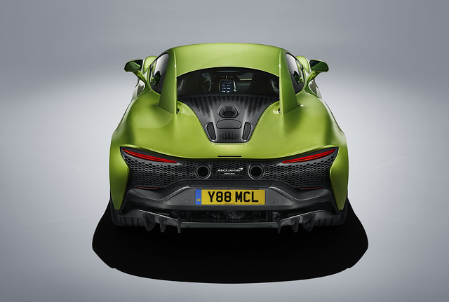Large-12918-McLarenArtura