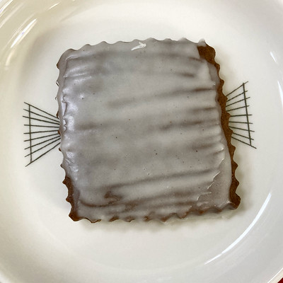 Gingerbread tile with rum butter glaze