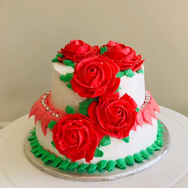 Cake by Eman Bakes