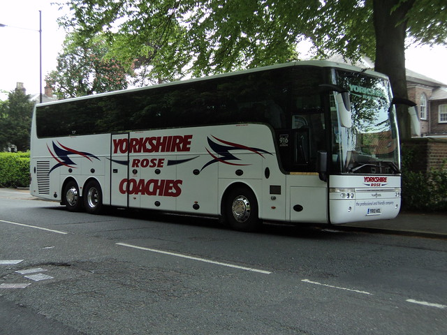 Yorkshire Rose Coaches of Barnsley YR10HOL
