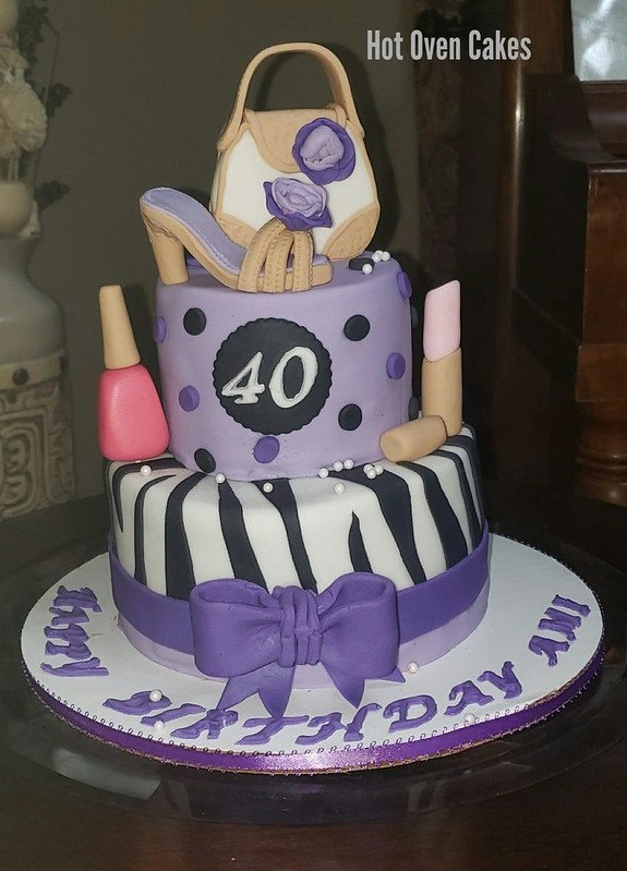 Cake by Hot Oven Cakes