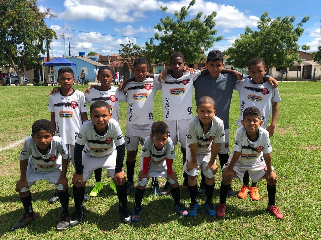 Evento esportivo promovido pela Escolinha de Futebol de São José de Alcobaça (10)
