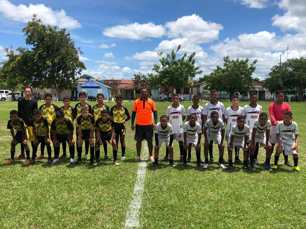 Evento esportivo promovido pela Escolinha de Futebol de São José de Alcobaça (3)