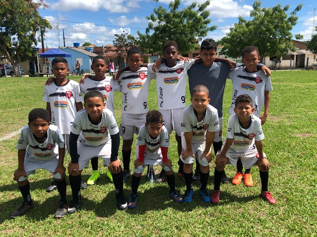 Evento esportivo promovido pela Escolinha de Futebol de São José de Alcobaça (2)
