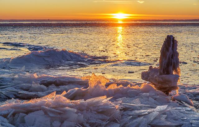 Sunrise over the frozen lake 2