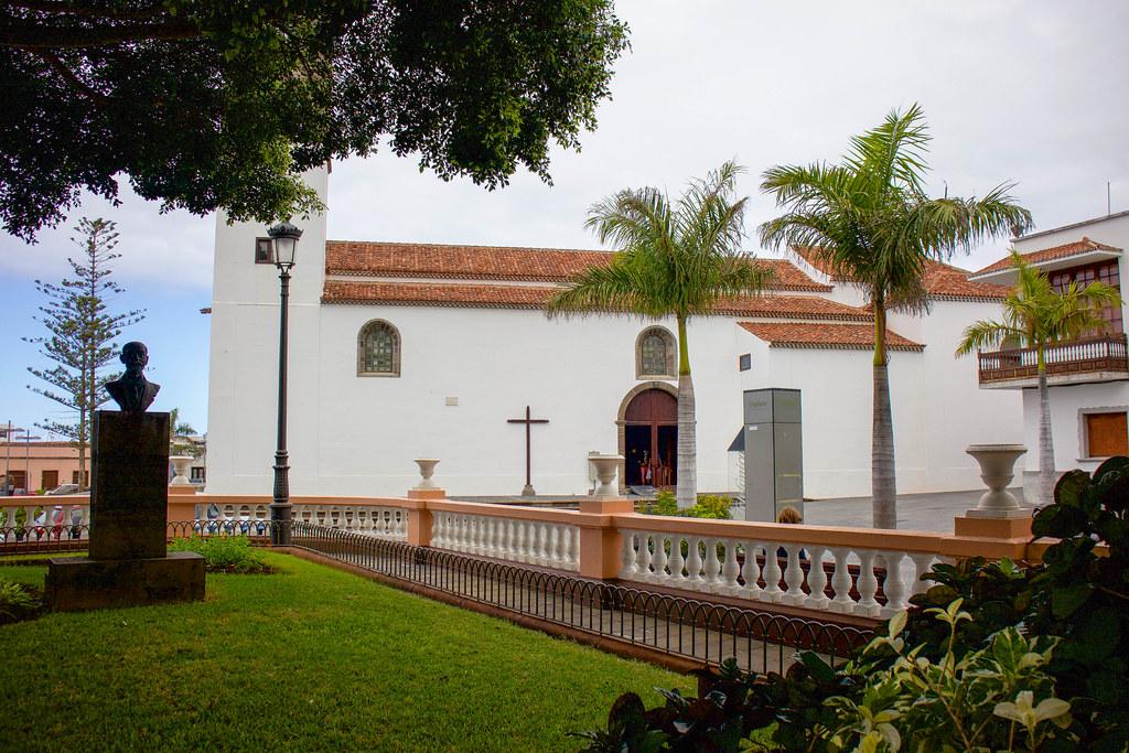 Plaza e iglesia de Los Remedios en Buenavista