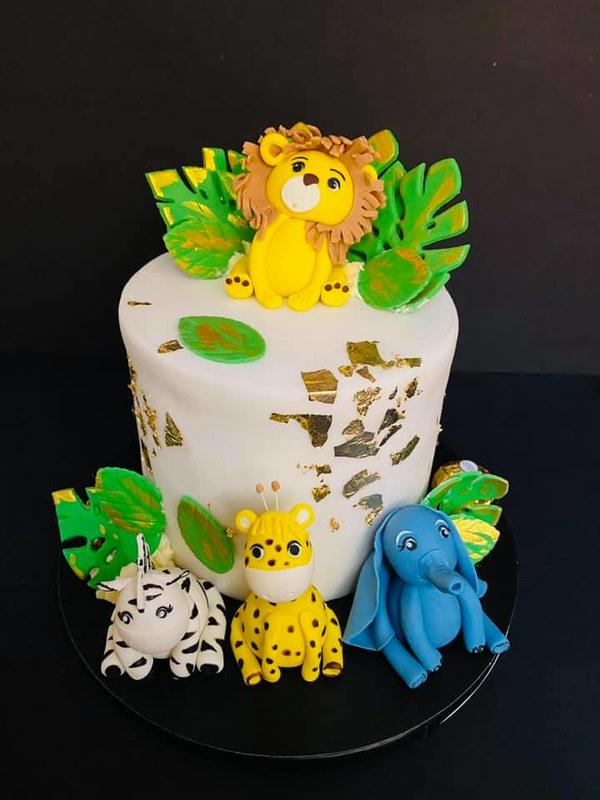 Cake by Shiffon Sweet Talks