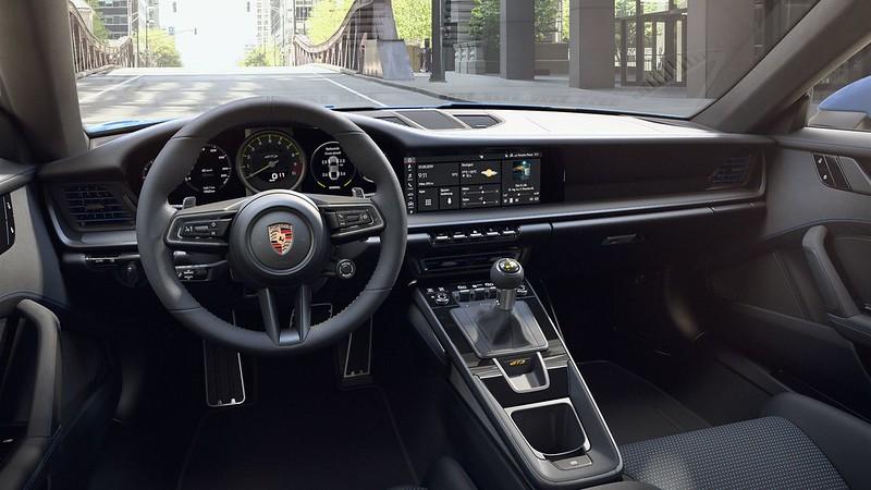 Porsche-911-GT3 (17)