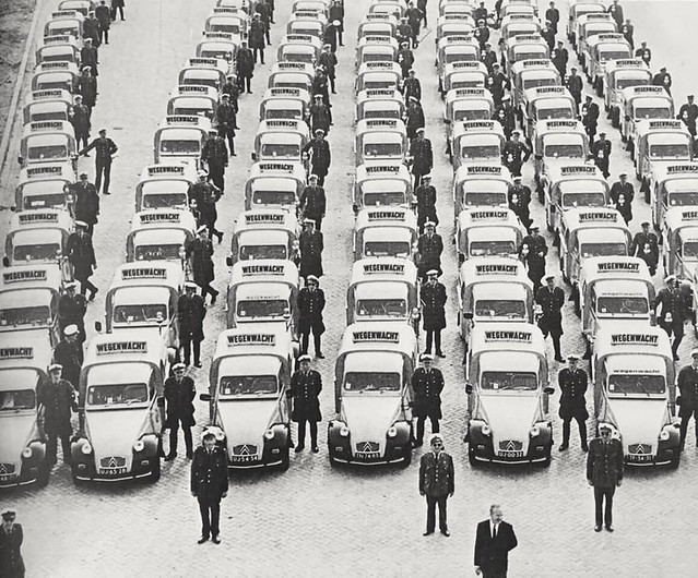 Citroën 2CV Fourgonnette Wegenwacht