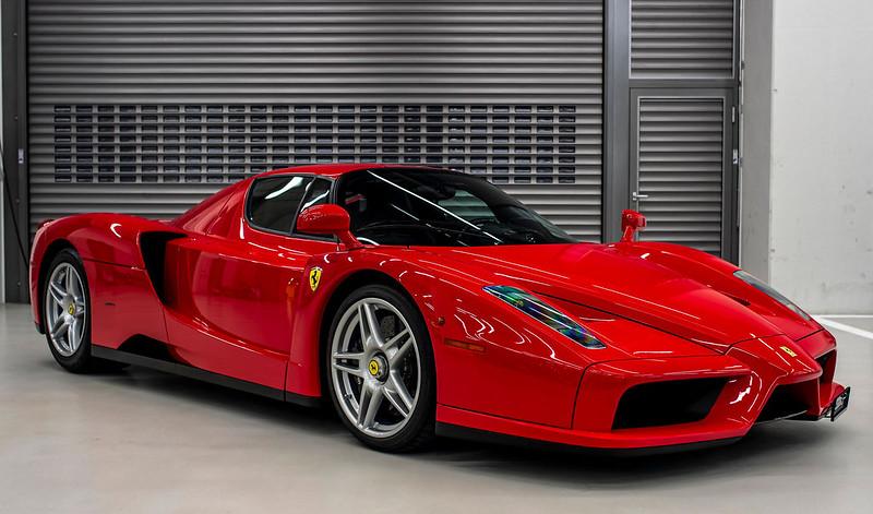 Sebastian-Vettel-Ferrari (2)