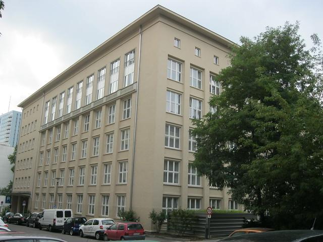 1955/60 Berlin-O. Rückseite Verwaltungsgebäude VEB Energieprojektierung Georgenkirchstraße/Otto-Braun-Straße 90 in 10249 Friedrichshain