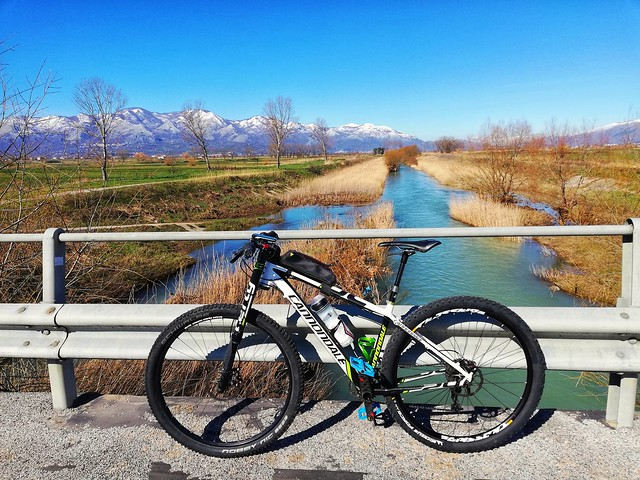 ... the bike path follows the river!