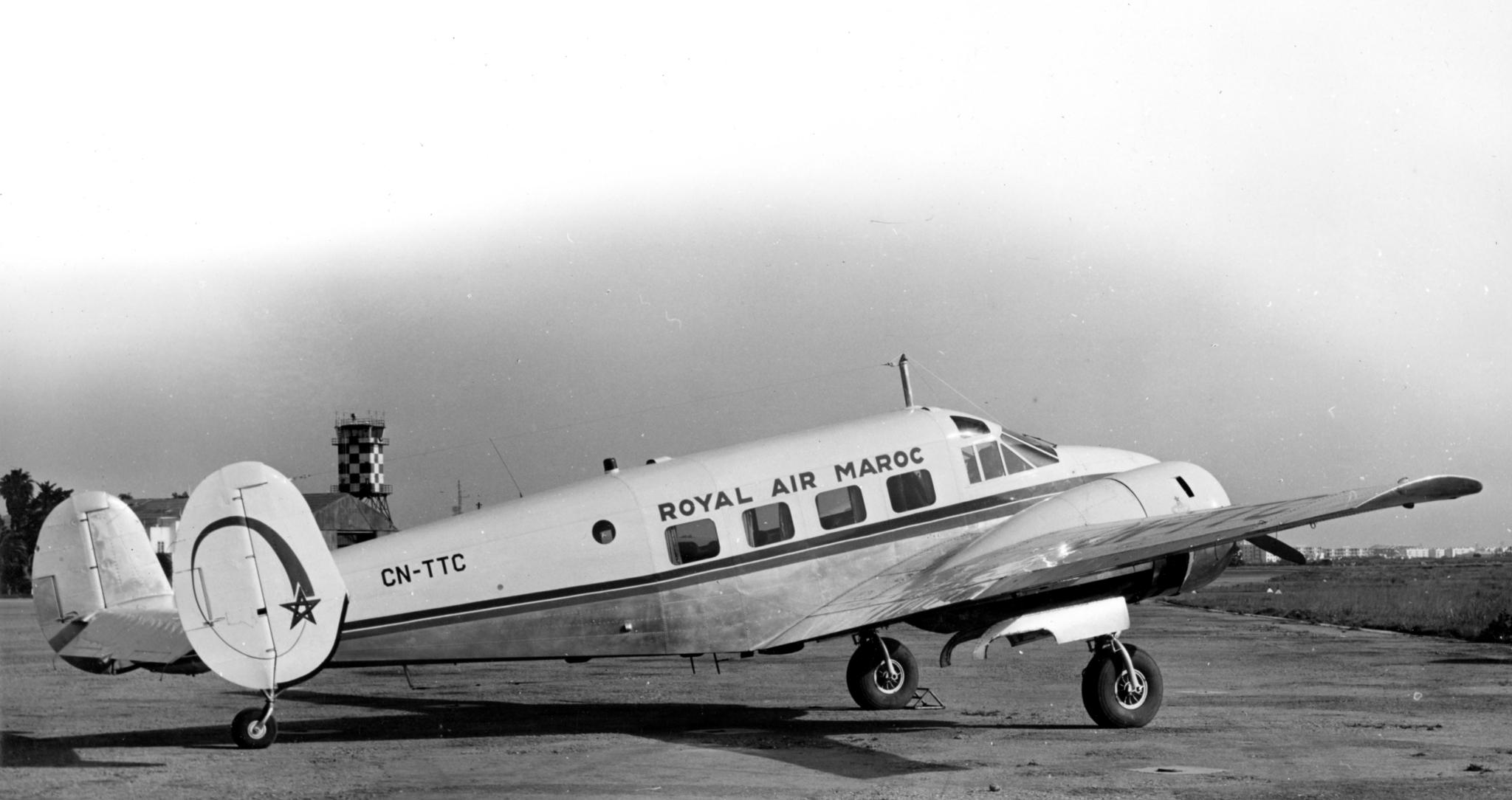 Anciens avions de la RAM - Page 4 50956237733_638baf58e7_o_d