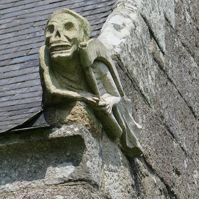 Un peu macabre... L'Ankou de la chapelle Saint-Gildas à Carnoet (Côtes d'Armor) [Explore 18/02/2021]