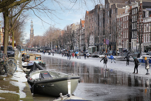 Skaters in Amsterdam take to the canals after a cold snap. | by B℮n