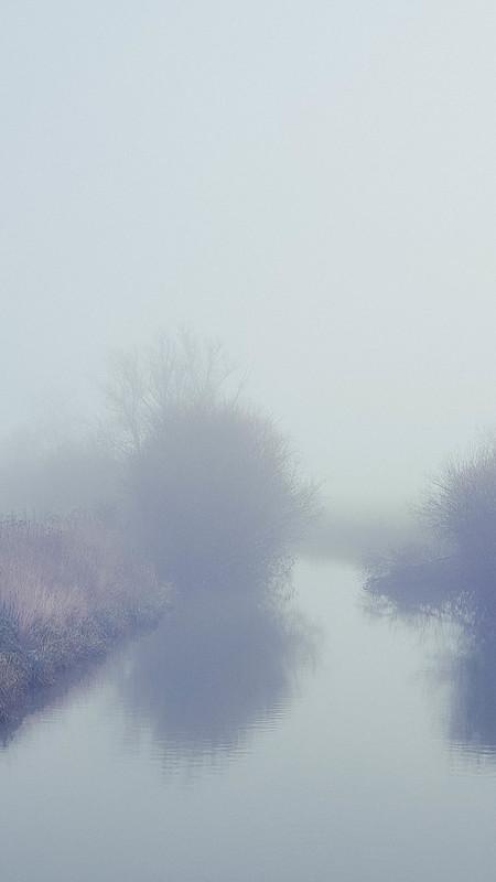 mist boven de IJzer