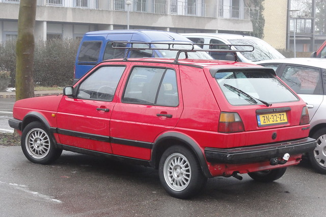 VW Golf ZN-32-ZZ from Holland is currently in Denmark