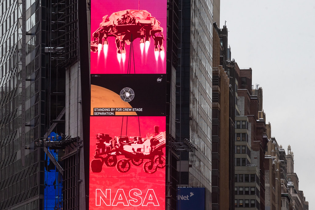 NASA Mars Perseverance Live at One Times Square (NHQ202102180107)