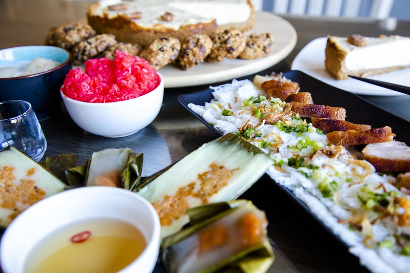 Bánh Hỏi Thịt Heo Quay, Bánh Bột Lọc, Bánh Nậm,Chè Trôi Nước, Xôi, Bánh Phô Mai Sầu Riêng Tuyen Chau