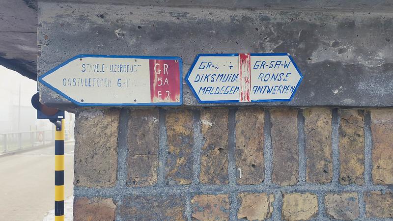 oude GR-wegwijzers Stavele