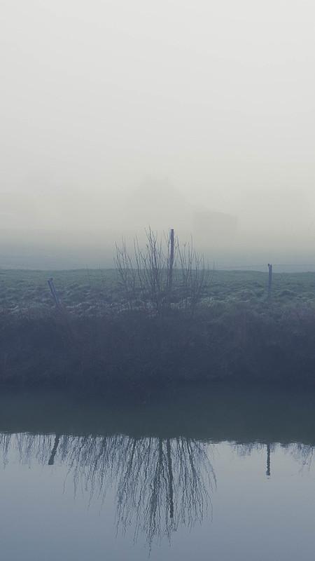 mist langs de IJzer