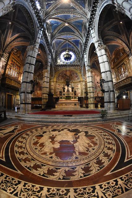 Italy - Tuscany - Siena - Duomo Interior 14_fisheye_DSC9086