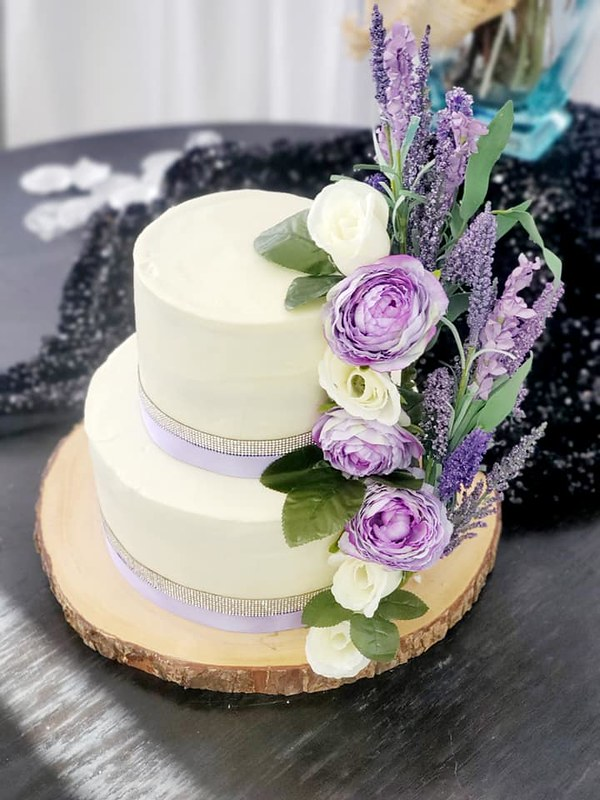 Cake by Country Sweets & Thing's