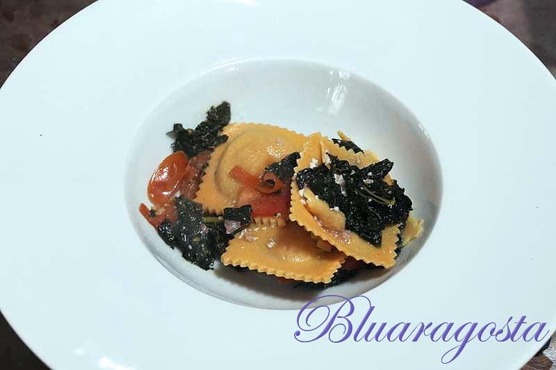 04-ravioli di farina di lenticchie con cotechino e cavolo nero
