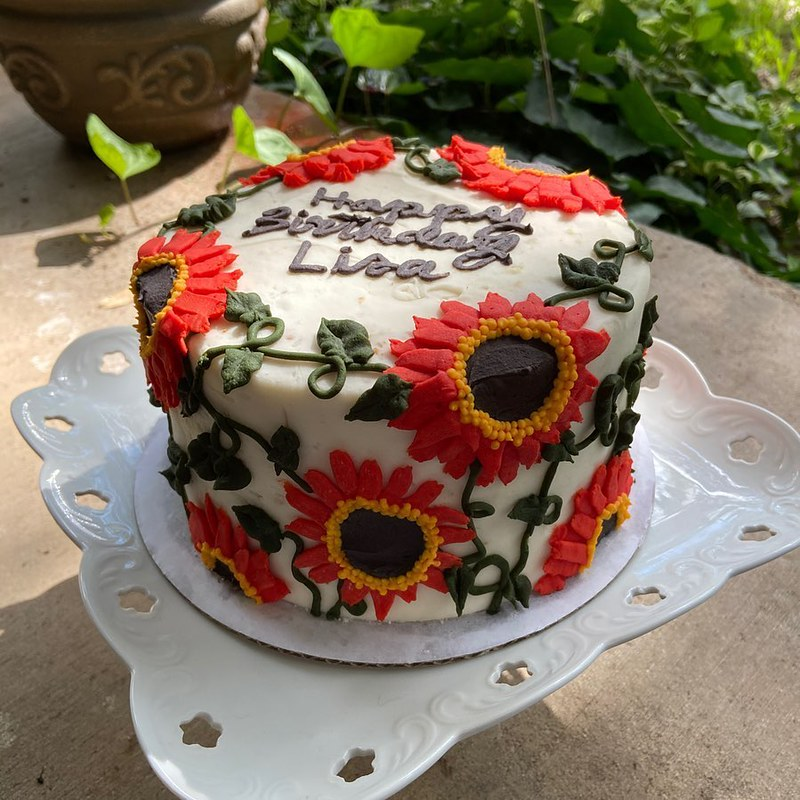 Cake by Hannah Claire's Confections