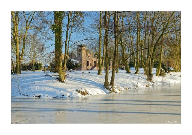 Von Eis umgeben...Ruine Bleijenbeek