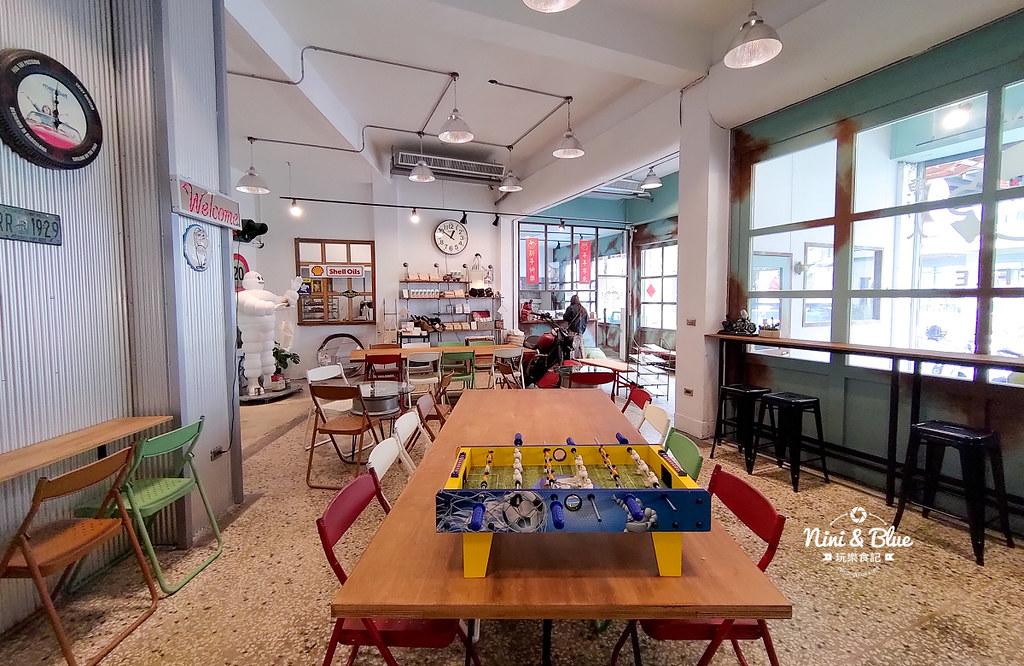 魚刺人雞蛋糕-修車廠店10