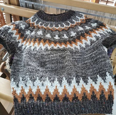 Paulette (@psknitting) started her Feel the Bern last Friday or Saturday for her granddaughter and is already finished! Knit using hand spun and Sandnes Garn Sisu held double.
