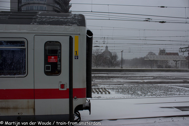 20210207_NL_Amsterdam-Centraal_IC Berlin in the snow
