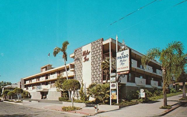 Vintage Postcard - El Prado Motor Inn - Santa Barbara, Calif.