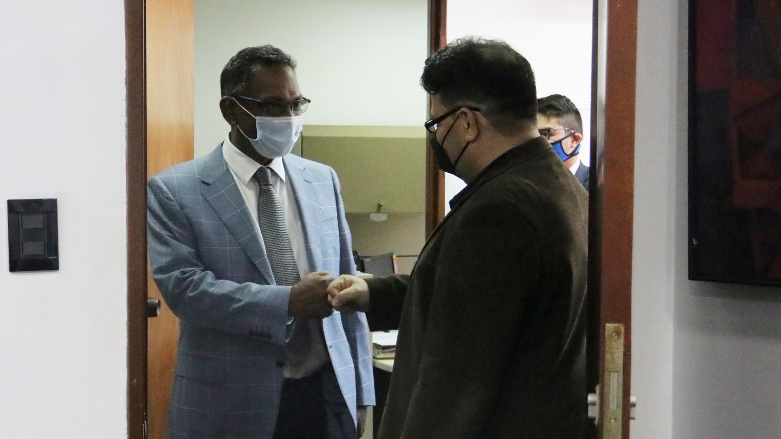 Reunión con Herve Ludovic De Lys Representante de UNICEF en Venezuela y Javier Alvarez Representante Adjunto
