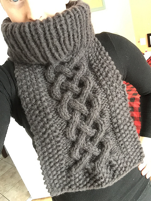 Christina finished another Cozy Celtic Kerchief by Knitatude / Chantal Miyagishima, this one for her mom!
