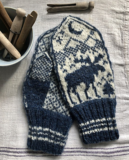 Karen (kmae64)'s Moose Mittens by Brian Nelson are knit using Janueson & Smith 2 ply Jumper Weight yarn.