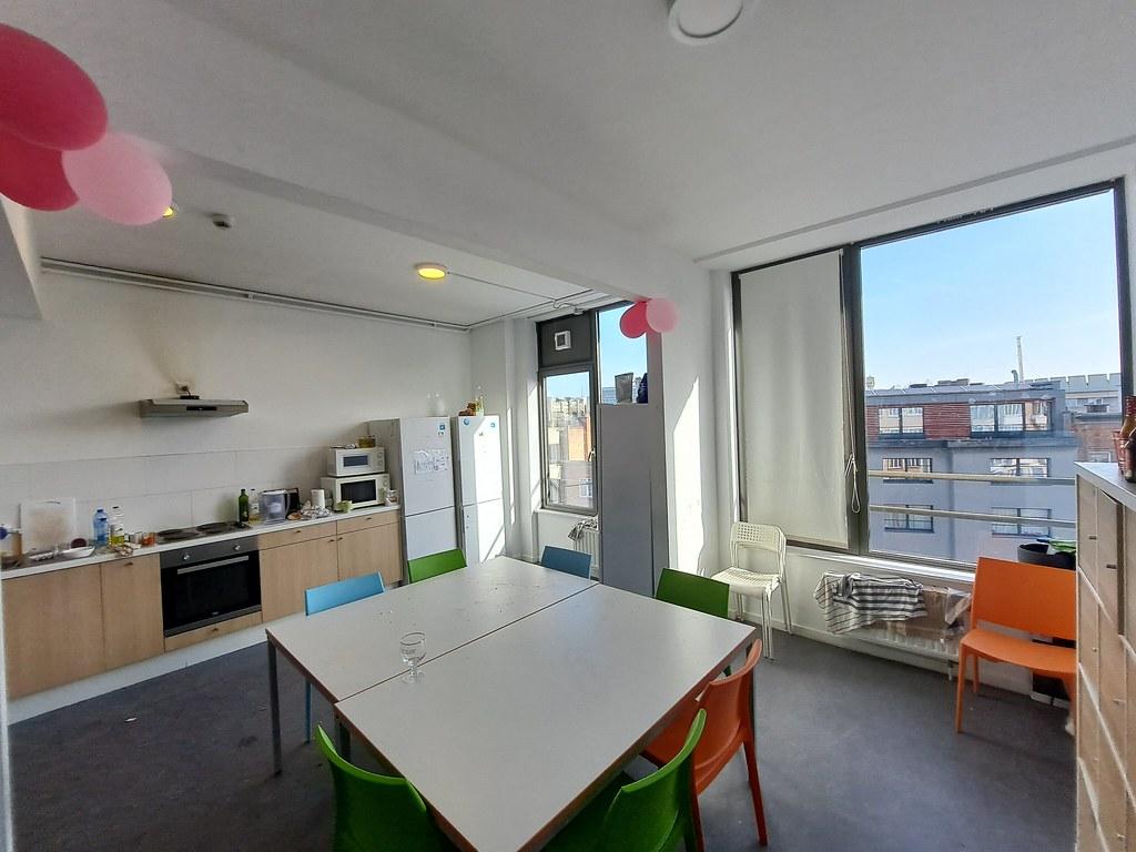 Cocina compartida 365 Rooms